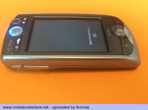 Motorola FOMA M1000